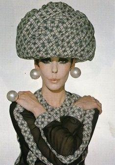 Peggy Moffit for Rudi Gernreich in 1968