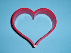 1982 Hallmark Red Heart Shaper Cookie Cutter Valentine's Day Love Cookie Cutter