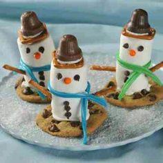 @Patricia Smith Smith Wardrop  Christmas idea's!!! christmas foods, chocolate chips, school, marshmallow snowmen, christmas treats, christmas snowman, christmas ideas, kid, snowman cookies