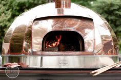 The Standard Pizza Co. Oven by Maine Wood Heat. Via  Dan and Melissa Photography