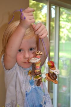 The Pike Fam: kid fun - let your toddler/child string edible treats for a fun necklace.