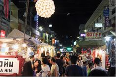 The Night Market in Hua Hin, Thailand - Every night for street stall shopping, great food, wonderful atmosphere
