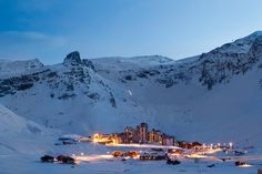 2. Tignes, France- Skiing in Tignes in so vast, it is great for all abilities. Joint with the just-as-amazing resort Val d'Isere, the 300km Espace Killy ski area is one of the most loved circuits in the world. Tignes is perfect for adult groups with the large selection of accommodations and après across the resort, and families will love the fantastic beginner areas and excellent ski and snowboards schools. Read More http://www.igluski.com/blog/2014/07/08/top-5-ski-resorts-for-groups