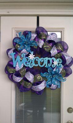 Welcome Mesh Deco Wreath. Cute idea