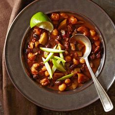 Apple Harvest Chili: A ready-in-45 vegetarian chili.