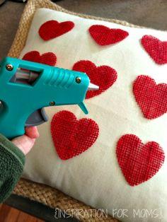 Inspiration For Moms: No-Sew Burlap Valentine Heart Pillow