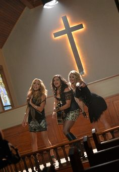 Miranda Lambert - Pistol Annies Video Shoot For Hush Hush