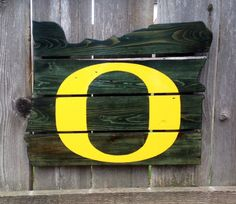 Recycled Pallet Oregon Ducks by IronBarkDesigns on Etsy #GoDucks