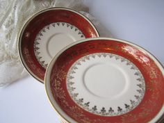 Vintage Universal Camwood Ivory Burnt Orange by thechinagirl, $16.50