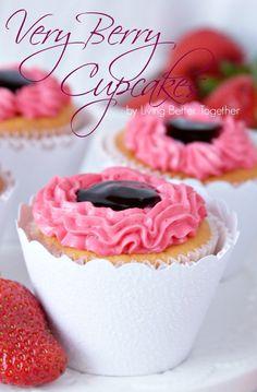 Very Berry Cupcakes | www.livingbettertogether.com