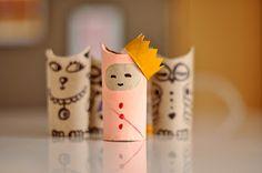 Estéfi Machado: Criaturas no rolo de papel higiênico
