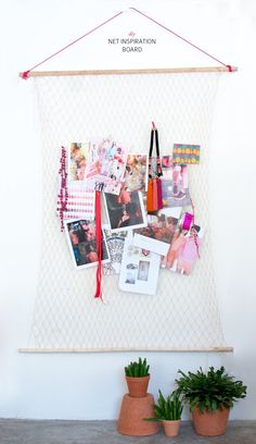 Keep your inspo in sight (and in style!) with this summery inspiration board #DIY!