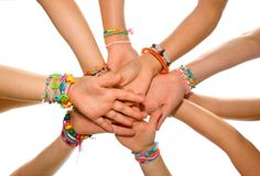 12 Friendship Bracelet Patterns and Designs for Best Friends Day