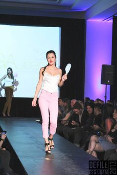 Fashion runway, yoga jeans, from my blog Alice In Montréal