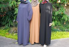 """Love this picture of the """"Simple Abaya"""" from Heartland Hijab! (available on eBay!)"""