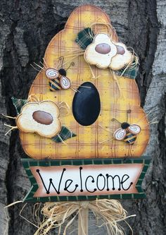 Bee and Beehive Welcome Sign - Yard Stick - Garden/Outdoor