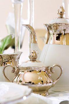 ♥  white & silver tea set