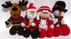 Amigurumi Christmas Special by my picuu, via Flickr  http://www.ravelry.com/patterns/library/amigurumi-christmas-special---santa-mrs-claus-snowman-and-the-reindeer