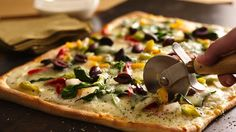 Pizza Primavera This Pillsbury® pizza crust is topped with spinach and veggies made using Progresso™ Recipe Starters™ basil cooking sauce – dinner ready in 20 minutes.