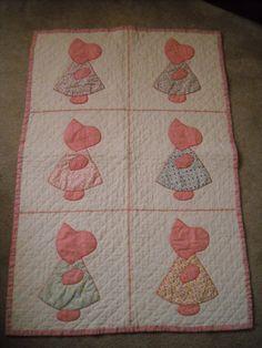 Vintage Sunbonnet Sue Baby Quilt