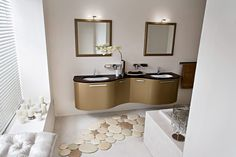 Charming bathroom to