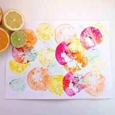 Make fresh and colorful prints with fruit stamps. A perfect craft to kick off the summer!