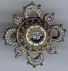 ANTIQUE VICTORIAN INTRICATE DETAIL MICRO MOSAIC FLORAL DIMENSIONAL PIN