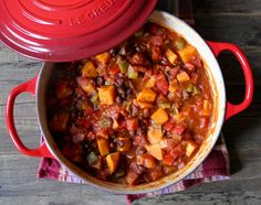 Sweet Potato and Black Bean Chili by domesticat-me #Chili #Sweet_Potato #Healthy #Comfort_Food