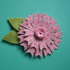 Pennant Flower Tutorial by Tessa Buys, via Flickr