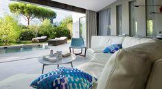 Hotel Sezz in Saint Tropez. >> Saintrop.com the site of Saint Tropez!
