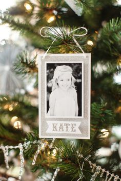 Paper Photo Ornament by @The TomKat Studio #JustAddMichaels
