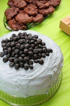 Blueberry Blue Velvet Cake