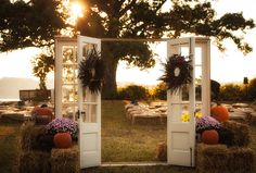 rustic ceremony decor | Mike B Photography