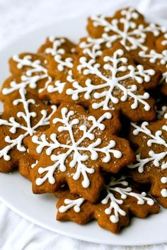 Gingerbread Cookies | Annie's Eats