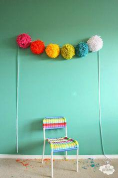 yarn pom poms for decorations, pom garland, pompom, big yarn, parti