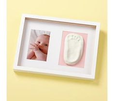 I love the idea of doing a foot print or hand print (once i finally have kids)