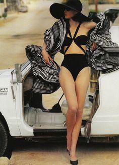 Christy Turlington/Patrick Demarchelier/Vogue UK 1990.
