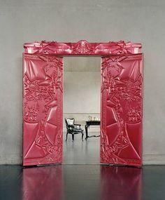 creativ door, open, tickl pink