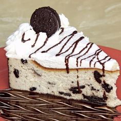 A very yummy recipe for Oreo cheesecake topped with whipped cream.. Oreo Cheesecake Recipe from Grandmothers Kitchen.