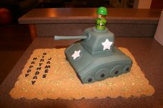 Army / Military Tank Cake  www.facebook.com/...