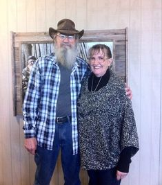Si Robertson is married to Christine. Si Robertson's wife to feature Duck Dynasty Season 4?