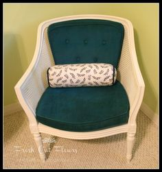Terri from FreshCutFlours.blogspot.com made over her chair using Simply Spray Soft Fabric Paint! Read about her experience by clicking on the image!