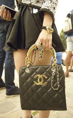Moda en la calle desfile alta costura Chanel | Galería de fotos 25 de 166 | Vogue