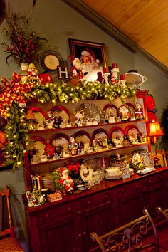 country christmas decorating | ... Country French Home decorated for Christmas | Show Me Decorating DIY