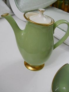 Vintage Tea Pot Classic Heritage Green by by PerfectlyGoodStuff, $40.00