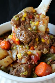 Crock Beef Stew with a Kick! 10 to 12 Servings (This is a great meal to make on a cold day to get you all warmed up, and your belly full. Whether it's Fall or Winter, or anytime of the year.)