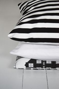Great pillow cases combination.