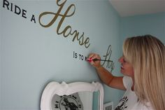 DIY:: Custom Lettering Tutorial