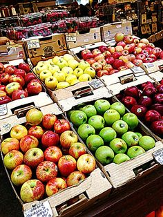 #healthyeating #snacks Nature's Candy Stand: Look At Dem Apples In A Rainbow of Colors