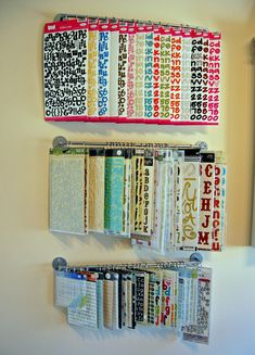 Hanging alphabet storage
